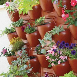 Isn't this Plantscape wall planter panel amazing? It even has an irrigation system!